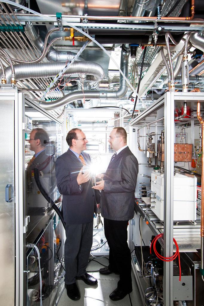 Research of fuel cells, Fraunhofer Institute, Prof. Dr. Alexander Michaelis, Dr. Michael Stelter