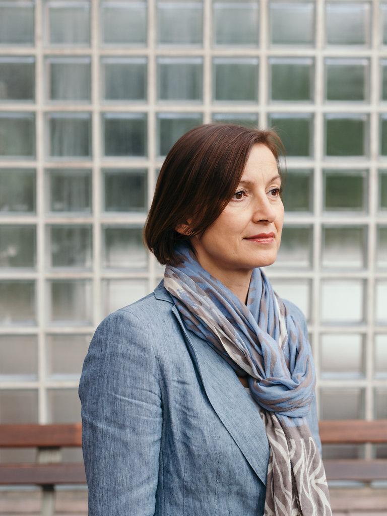 Prof. Dr. Marina Münkler. For DIE ZEIT.