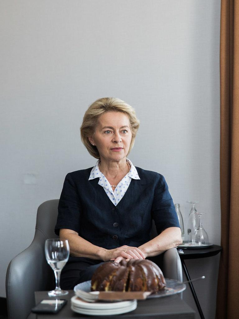 Ursula von der Leyen, minister, for DER SPIEGEL